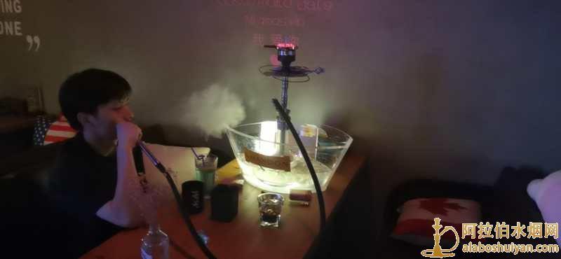 阿拉伯水烟壶里加什么最好